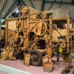 Fries_Landbouwmuseum_Earnewâld_-_Vlasknopbreker